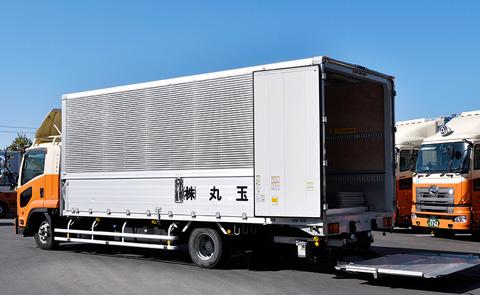 丸玉運送のトラックや会社施設が見学可能!