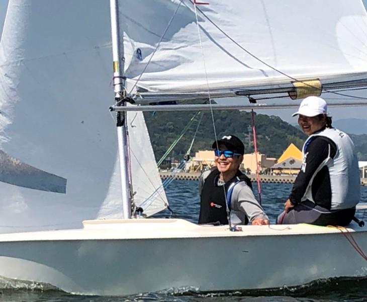 ヨットの魅力は、やはりトップを疾走する感覚