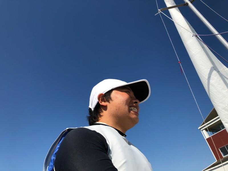小学校3年生でヨットに出会い、中学には世界の海へ