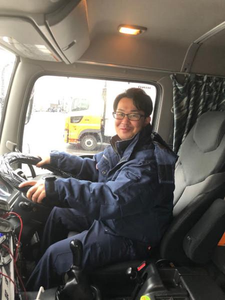 峯和成(大型ウィング車ドライバー)